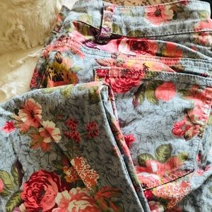 Mural Fit Floral Jeans 🌸♥️